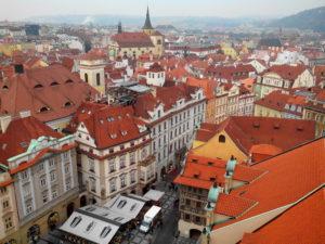 vue de la tour de l'horloge astronomique Prague
