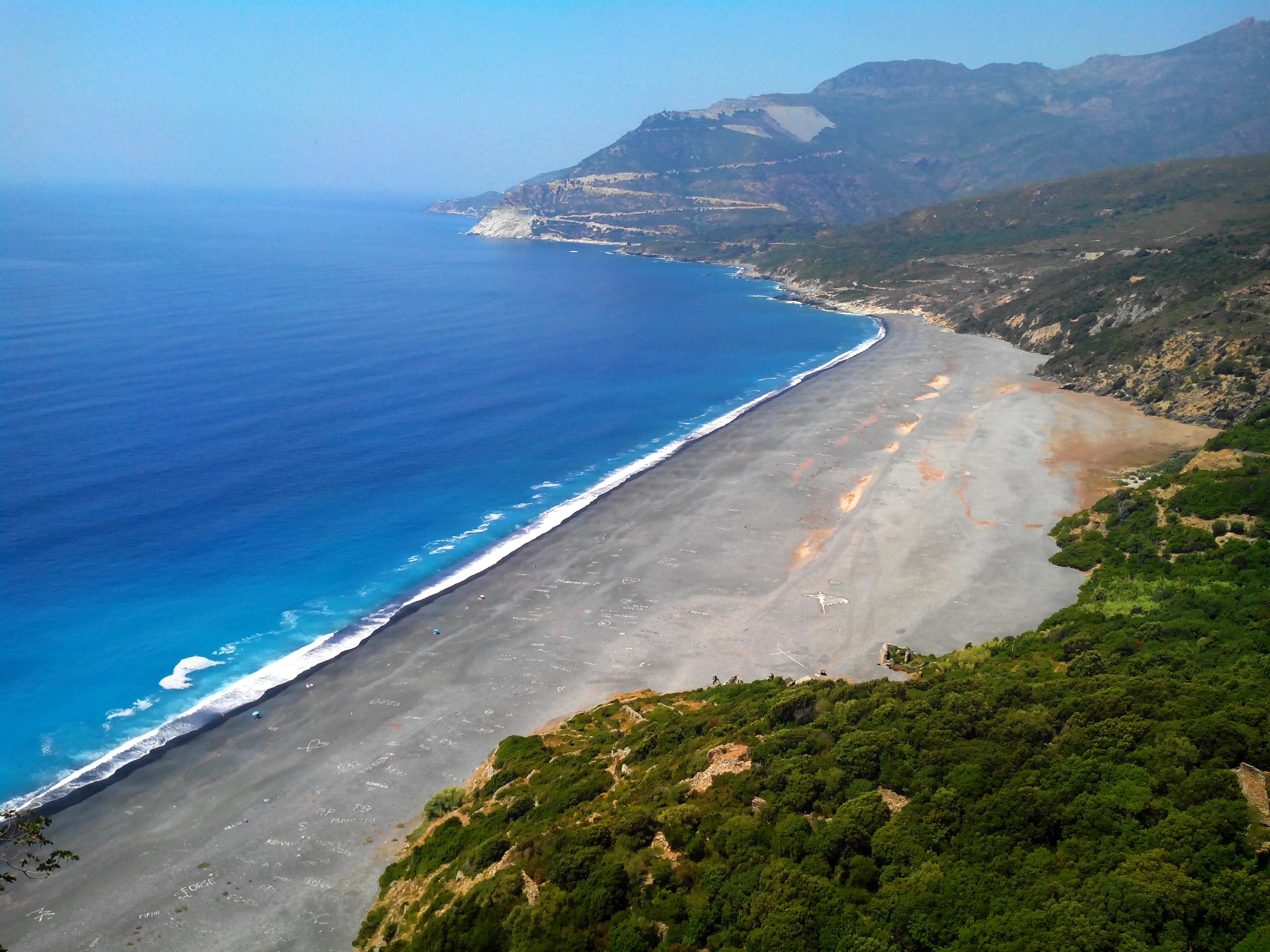 nonza plage golfe de saint-florent corse lexploraterre.net