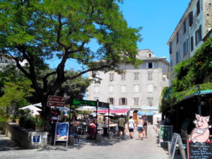 saint-florent place doria corse lexploraterre.net