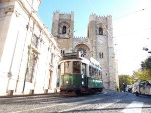 Cathédrale de Lisbonne, tramway lisbonne, portugal
