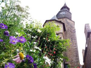 Cité médiévale de Dinan, tour de l'horloge Dinan, beffroy bretagne