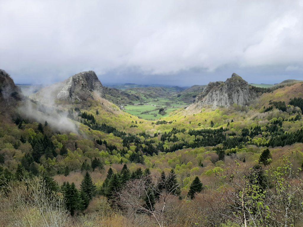 Les roches Tuilière et Sanadoire, volcans d'auvergne